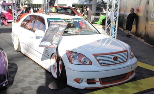 Lexus LS VIPOS