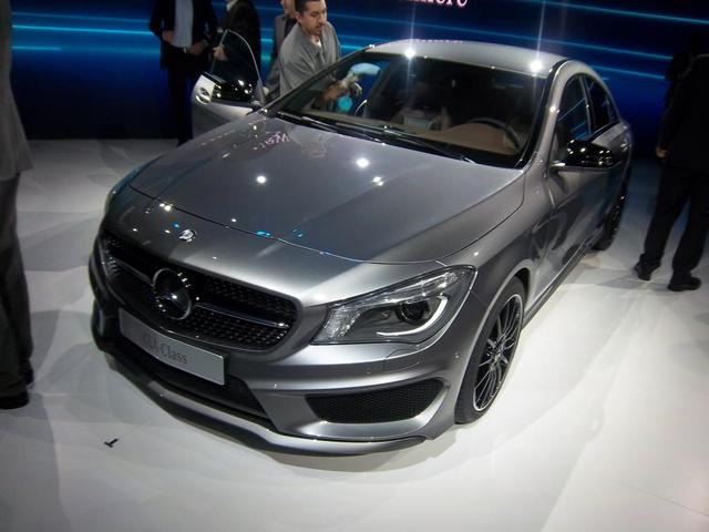 2014-Mercedes-Benz-CLA