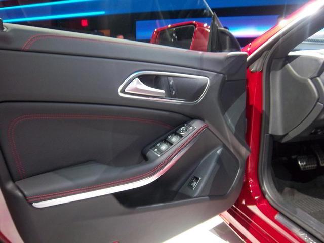 2014-Mercedes-Benz-CLA